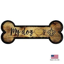 Fan Creations New Orleans Saints Distressed Dog Bone Wooden Sign